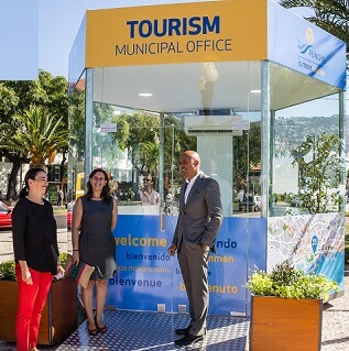 Council's tourism information office received eighty thousand tourists